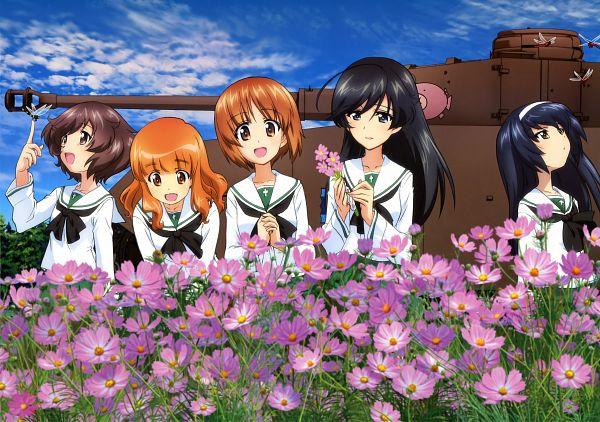 Tags: Anime, Actas, GIRLS und PANZER, Newtype Illustration Calendar 2014, Takebe Saori, Nishizumi Miho, Reizei Mako, Akiyama Yukari, Isuzu Hana, Cosmos (flower), Dragonfly, Tank, Scan