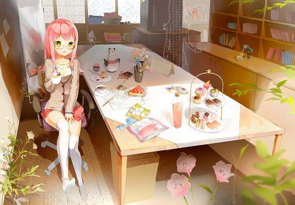Tags: Anime, Anmi, VOCALOID, Hatsune Miku, Calendar (Object), Cup Cake, Pie, Action Figure, Strawberry Shortcake, Pixiv, Calendar (Source), Original