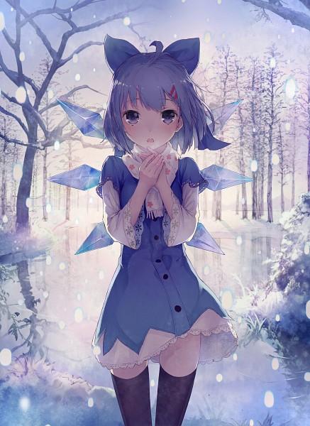 Tags: Anime, Shouin, Touhou, Cirno, Water Reflection, Pixiv, Mobile Wallpaper, Fanart From Pixiv, Fanart