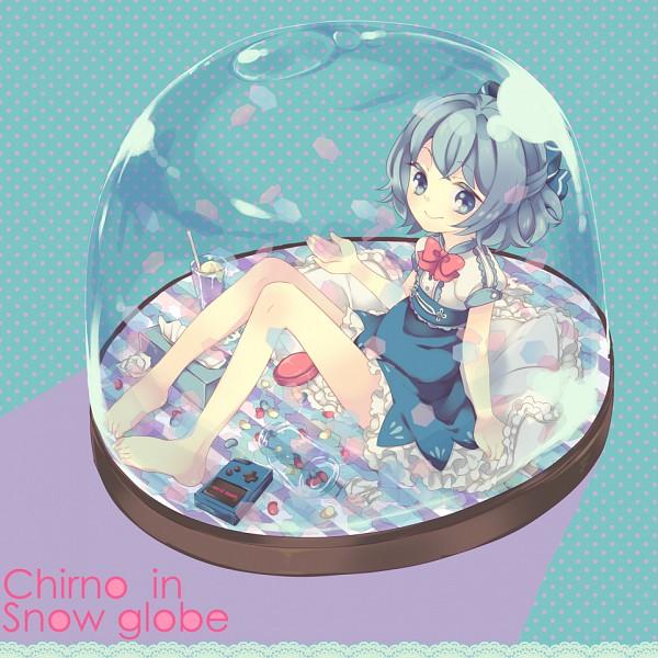 Tags: Anime, Maki (Natoriumu), Touhou, Cirno, Snow Globe, Fanart, Pixiv