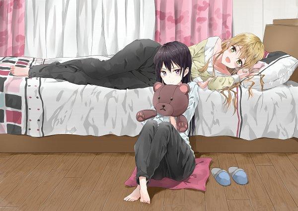 Tags: Anime, Pixiv Id 27276502, Citrus (Manga), Aihara Yuzu (Citrus), Aihara Mei, Hugging Toy, Pixiv, Fanart, Fanart From Pixiv