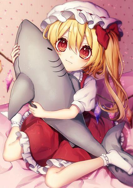 Tags: Anime, Kyouda Suzuka, Touhou, Flandre Scarlet, Stuffed Shark, Fanart, Fanart From Pixiv, Pixiv