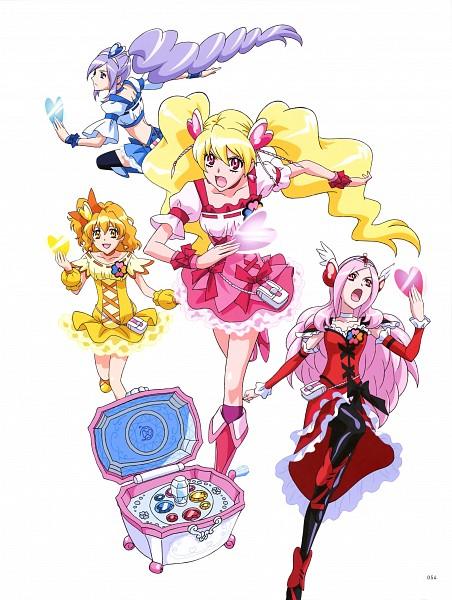 Tags: Anime, Kagawa Hisashi, Toei Animation, Fresh Precure!, Higashi Setsuna, Yamabuki Inori, Aono Miki, Cure Peach, Momozono Love, Cure Berry, Cure Passion, Cure Pine, Clover Box (Fresh Pretty Cure)