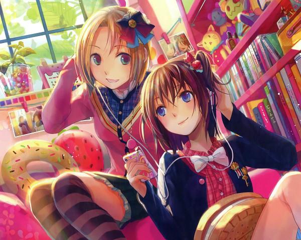 Tags: Anime, Fuji Choko, iPod, Shelf