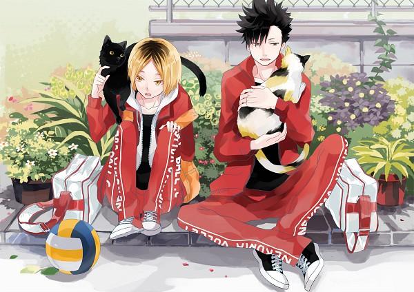 Tags: Anime, Michi (Iawei), Haikyuu!!, Kozume Kenma, Kuroo Tetsurou, Track Pants, Volleyball Ball, Fanart, Fanart From Pixiv, Pixiv, Nekoma High