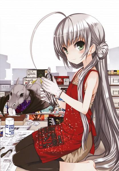 Tags: Anime, Koin, Haiyore! Nyaruko-san, Koin Illustrations, Shantak-kun, Nyarlko, Model, Mobile Wallpaper, Official Art, Nyaruko: Crawling With Love