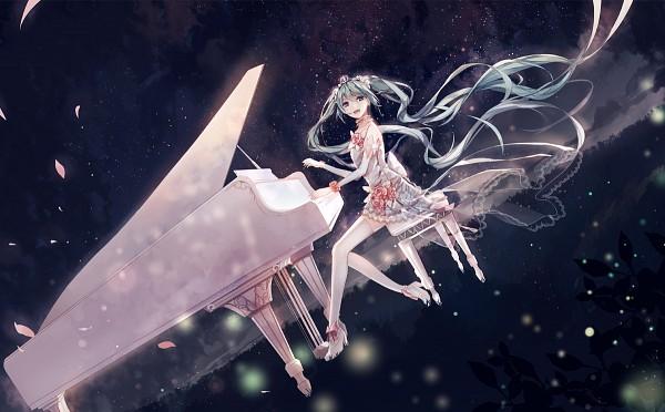 Tags: Anime, Pixiv Id 3402936, VOCALOID, Hatsune Miku, Mini Crown, Playing Piano, Fanart, Fanart From Pixiv, Hatsune Miku Day, Pixiv