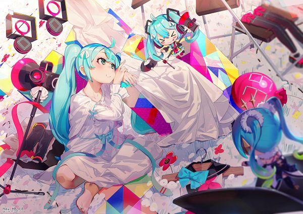 Tags: Anime, el-zheng, VOCALOID, Hatsune Miku, Cube, Clothes Hanger, Fanart From Pixiv, Fanart, Magical Mirai 2018, Pixiv, Magical Mirai