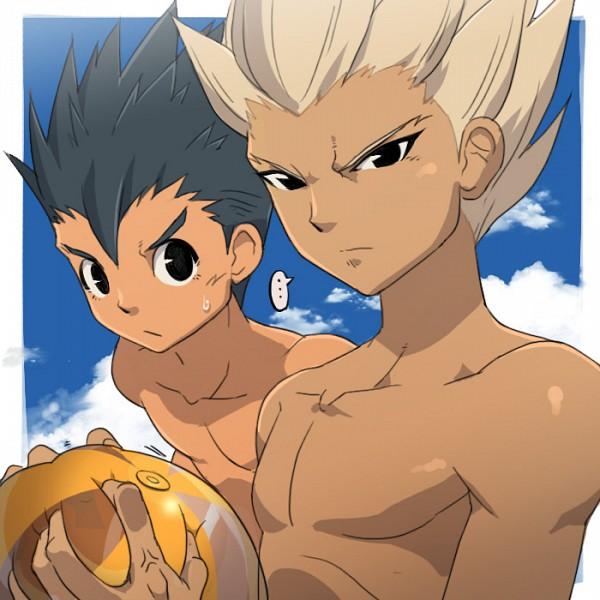 Tags: Anime, Level-5, Inazuma Eleven, Utsunomiya Toramaru, Gouenji Shuuya, Volleyball Ball, Fanart
