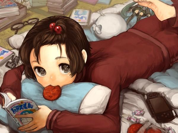 Tags: Anime, kumamimi (Pixiv364467), Axis Powers: Hetalia, Doraemon, VOCALOID, Mochimerica, China, Hatsune Miku, Japan, Futon, Manga (Object), Otaku Room, PSP