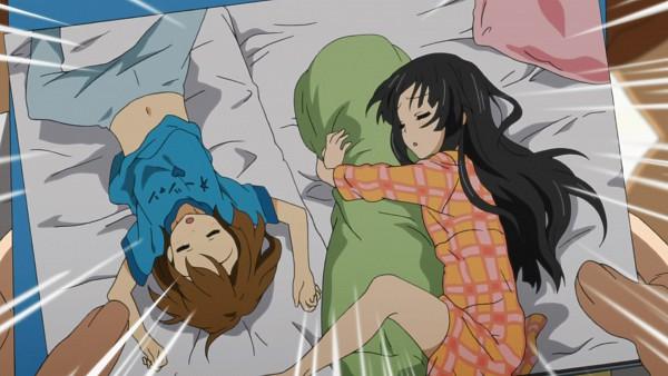 Tags: Anime, K-ON!, Hirasawa Yui, Akiyama Mio, Screenshot, HD Wallpaper, Wallpaper