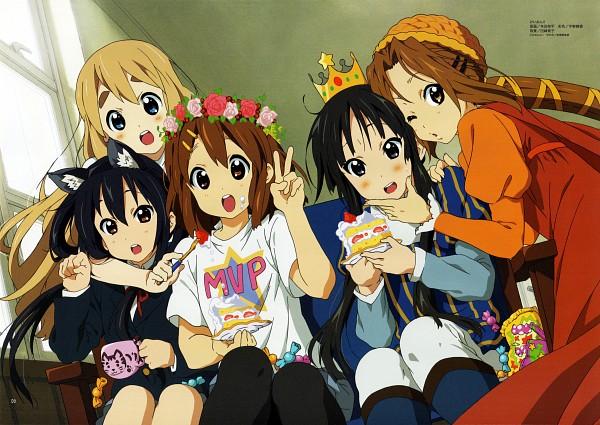 Tags: Anime, Muta Ryouhei, Horiguchi Yukiko, Kyoto Animation, K-ON!, Hirasawa Yui, Nakano Azusa, Tainaka Ritsu, Kotobuki Tsumugi, Akiyama Mio, Strawberry Shortcake, Bonbon, Scan