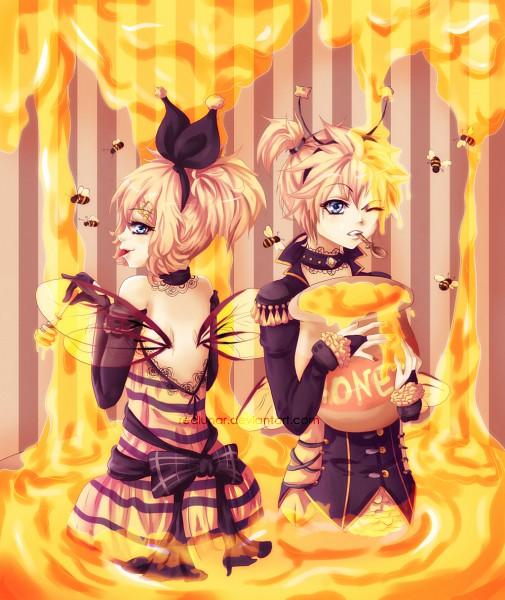 Tags: Anime, Redlunar, VOCALOID, Kagamine Rin, Kagamine Len, Honey, Bee, Bee Costume, Honey Jar, deviantART, Kagamine Mirrors