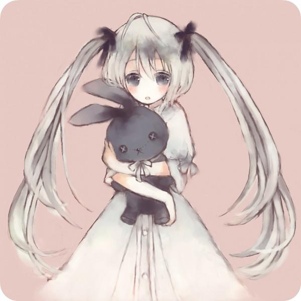Tags: Anime, Pixiv Id 580189, Sphere (Studio), Yosuga no Sora, Kasugano Sora, Hugging Toy, Pixiv, Fanart From Pixiv, Fanart, Sora Kasugano