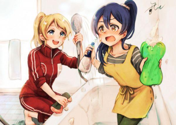 Tags: Anime, Pixiv Id 4910367, Love Live!, Sonoda Umi, Ayase Eri, Shower, Sponge, Bathroom, Cleaning, Washing, PNG Conversion