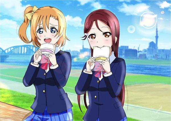Tags: Anime, Pixiv Id 29660259, Love Live!, Love Live! Sunshine!!, Sakurauchi Riko, Kousaka Honoka, Sandwich, Pixiv, Fanart From Pixiv, Fanart