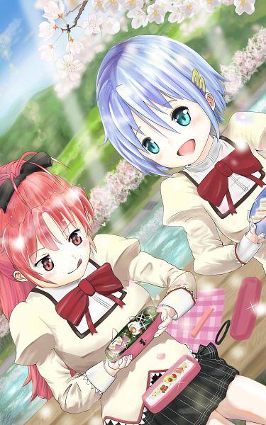 Tags: Anime, Pixiv Id 5368582, Mahou Shoujo Madoka☆Magica, Charlotte (Madoka Magica), Miki Sayaka, Sakura Kyouko, Looking At Food, Picnic, Fanart, Fanart From Pixiv, Pixiv
