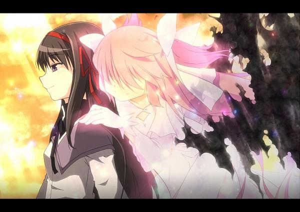 Tags: Anime, Senhaku, Mahou Shoujo Madoka☆Magica, Kaname Madoka, Akemi Homura, Ultimate Madoka, Pixiv, Magical Girl Madoka Magica