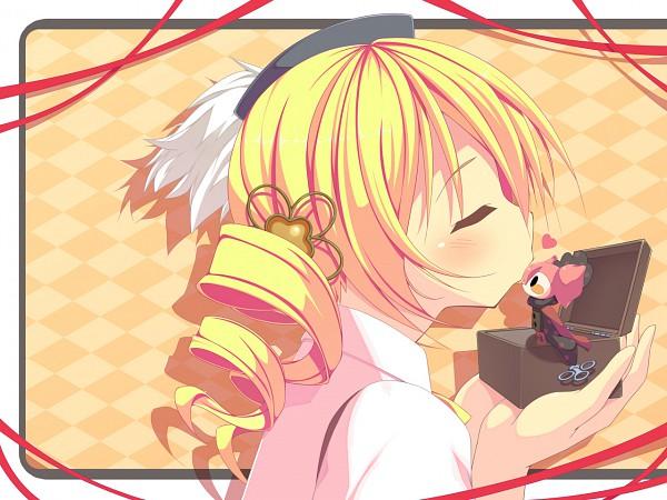 Tags: Anime, Amakara Surume, Mahou Shoujo Madoka☆Magica, Charlotte (Madoka Magica), Tomoe Mami, Music Box, Pixiv, Wallpaper