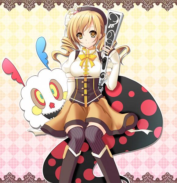 Tags: Anime, Mizukoshi Mayu, Mahou Shoujo Madoka☆Magica, Charlotte (Madoka Magica), Tomoe Mami, Shotgun