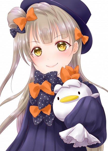 Tags: Anime, Pixiv Id 17414742, Love Live!, Minami Kotori, Foreigner (Abigail Williams) (Cosplay), Animal on Hand, Bird on Hand, Fanart From Pixiv, Pixiv, Fanart