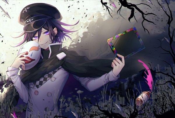 Tags: Anime, Pixiv Id 2734062, New Danganronpa V3, Ouma Kokichi, Tablet, Holding Mask, Black Cape, Fanart From Pixiv, Pixiv, Fanart
