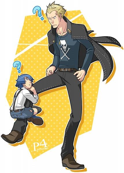 Tags: Anime, Choumoku (Toriko B C), Shin Megami Tensei: PERSONA 4, Shirogane Naoto, Tatsumi Kanji, Clinging, Fanart From Pixiv, Fanart, Mobile Wallpaper, Pixiv