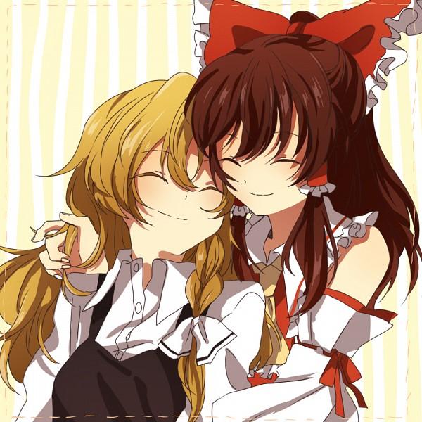 Tags: Anime, Surumeri (Baneiro), Touhou, Kirisame Marisa, Hakurei Reimu, ReiMari