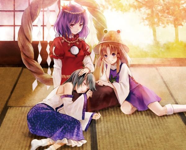 Tags: Anime, Fukahire, Touhou, Yasaka Kanako, Kochiya Sanae, Moriya Suwako, Shimenawa, Tatami, Fanart