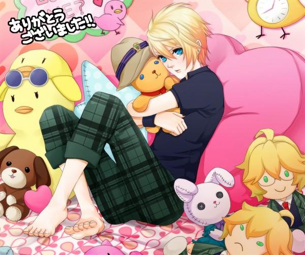 Tags: Anime, Pixiv Id 3158081, BROCCOLI, Uta no☆prince-sama♪, Kurusu Syo, Shinomiya Natsuki, Stuffed Dog, Hugging Toy, Text: Thank You, Stuffed Bird, Pixiv, Fanart, Princes Of Song
