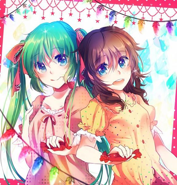 Tags: Anime, KirameKirai, VOCALOID, AVANNA, Hatsune Miku, Christmas Lights, Spotted Shirt, deviantART, CD (Source), Fanart