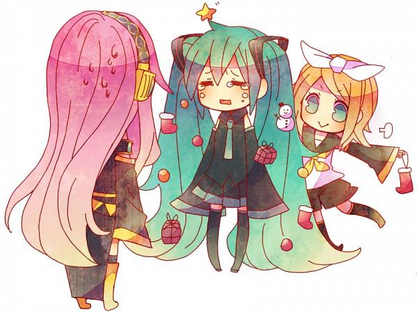 Tags: Anime, Niwako, VOCALOID, Megurine Luka, Kagamine Rin, Hatsune Miku, :>, Christmas Stocking, Christmas Ornament