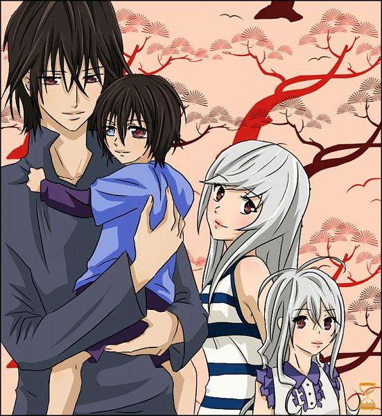 Tags: Anime, Vampire Knight, Fan Character, Kuran Kaname, Eiri Kuriou, Mana Kuran, Seigyaku Kuran, Eiri Kuran, Artist Request
