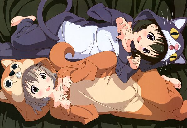 Tags: Anime, 8-bit (Studio), Yama no Susume, Nyantype #57 2014-08, Yukimura Aoi, Kuraue Hinata, Kigurumi, Official Art, Scan, Encouragement Of Climb